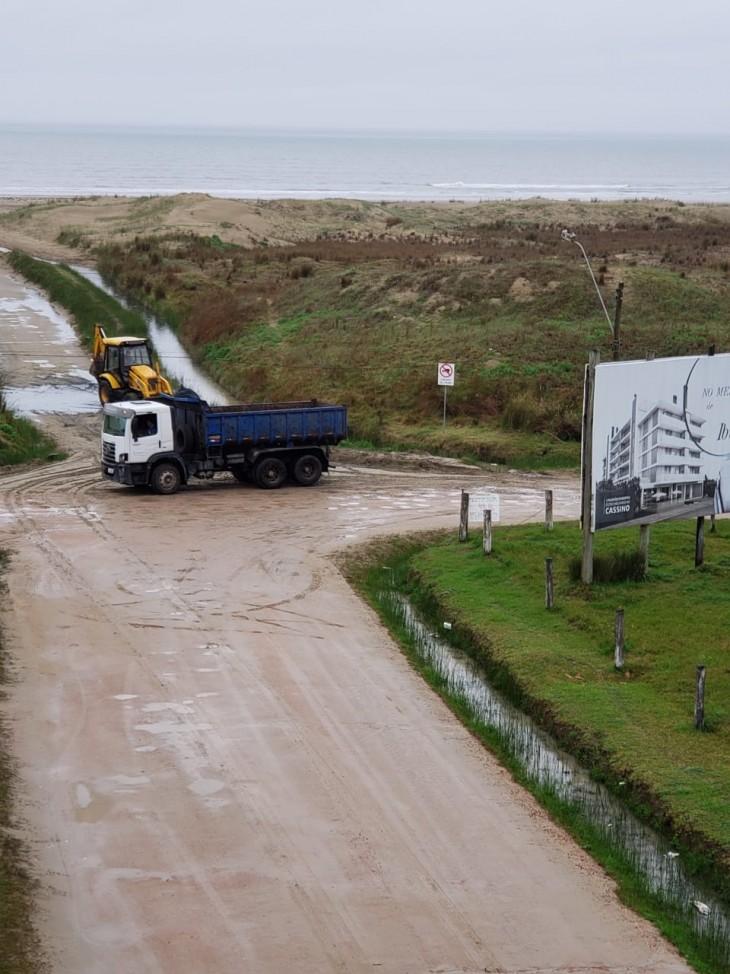 Prefeitura reabre acessos à Praia do Cassino para circulação de veículos