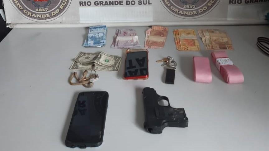 6° BPM prende dupla por roubo a pedestre com lesões em Rio Grande