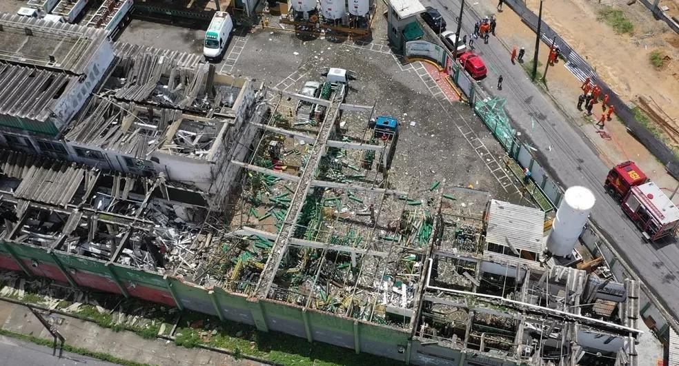 Explosão de empresa fabricante de oxigênio deixa ao menos 5 feridos em Fortaleza (CE)