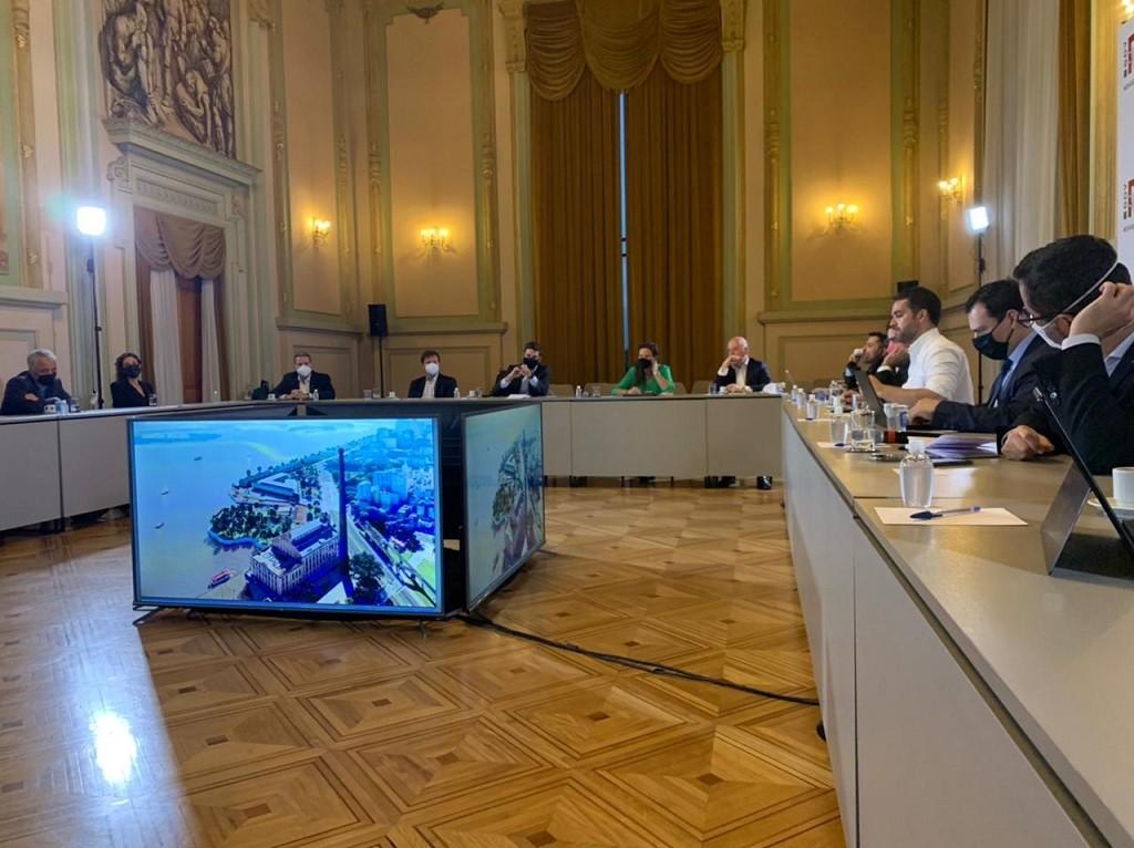 Superintendente da Portos RS participa de reunião sobre projeto do Cais Mauá