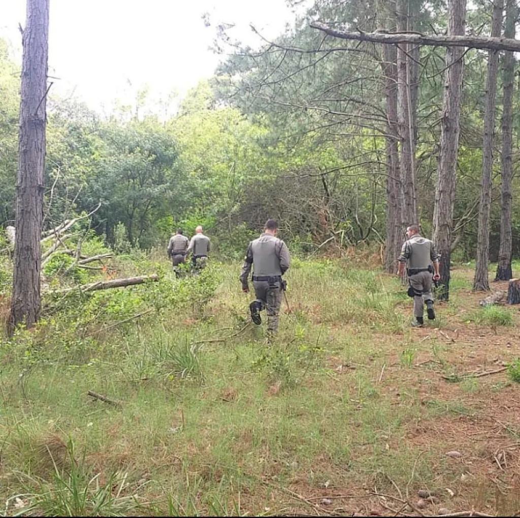 Após troca de tiros, Brigada Militar de Rio Grande prende dupla por roubo de veículos e à pedestres